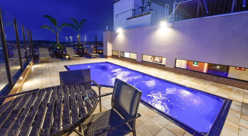 Via Garden Hotel